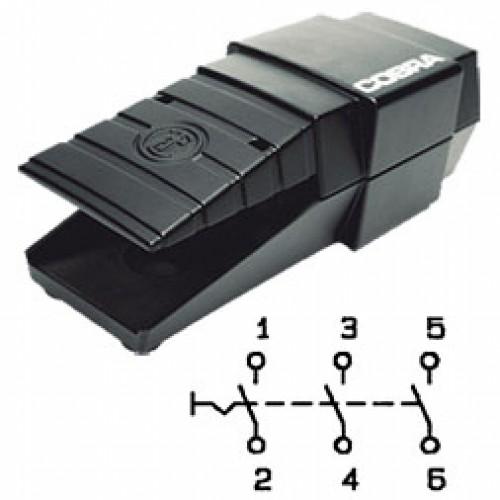 Арт. 305060 Выключатель 3-х полюсной, ступенчатая коммутация, 25 A 5.5kW/400V~ AC-3 IP65, код заказа FDC AU-G