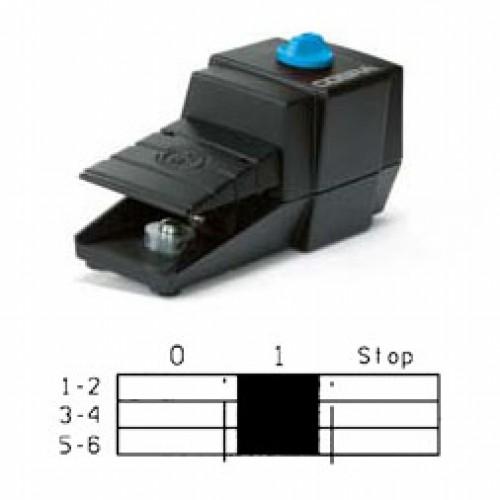 Арт. 305110 Ножной (педальный) выключатель 3-х полюсной – ключевая коммутация, с аварийной остановкой. Прямое включение 25A AC-3 5.5kW/400V IP65, код заказа FDC AR-G